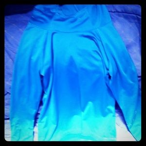 Workout hooded top